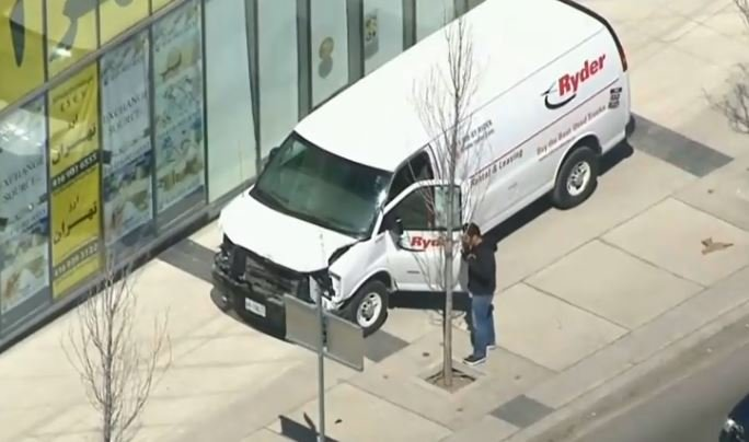 Van mounts sidewalk in Toronto, multiple people hit, arrest made