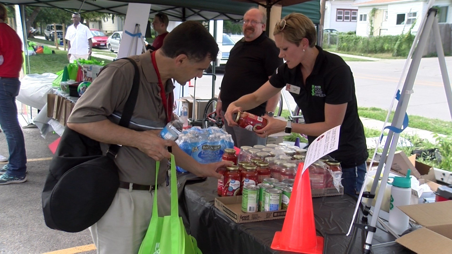 Local Organizations Hold A Food And Wellness Festival