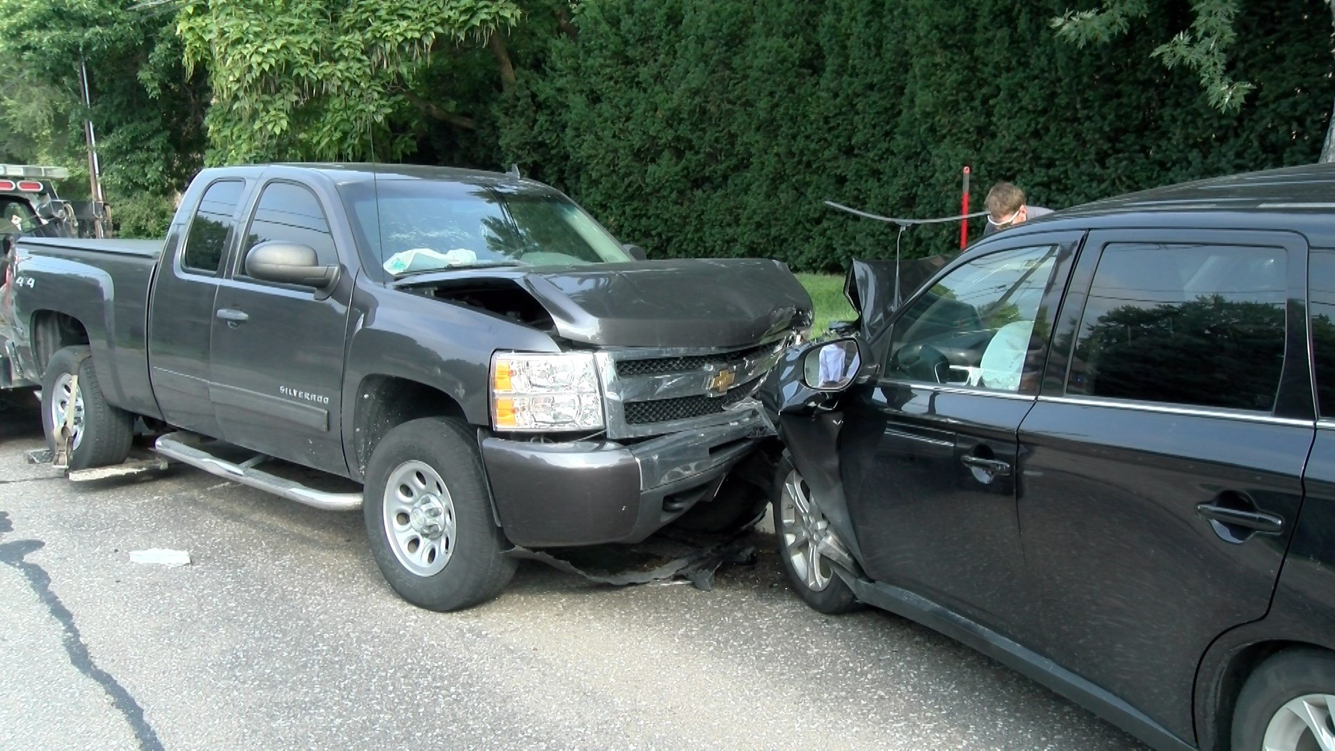 Three Car Accident At 42nd And Randolph Klkn Tv News Weather And