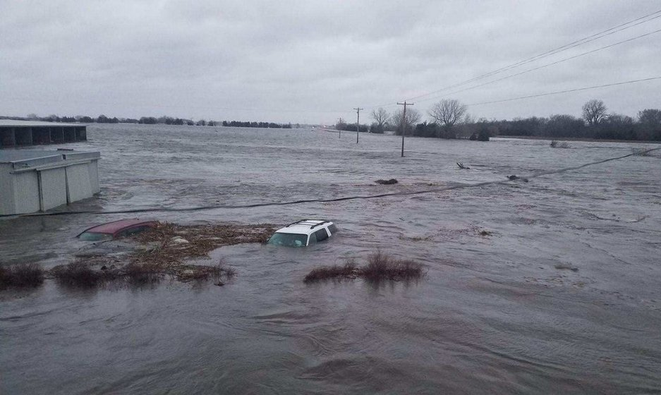 Nebraska Lincoln Businesses Offer Aid To Flood Victims