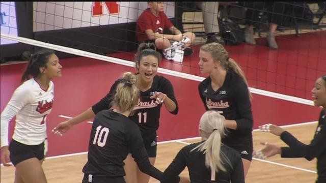 Husker volleyball sets sights on Big Ten final during final stretch