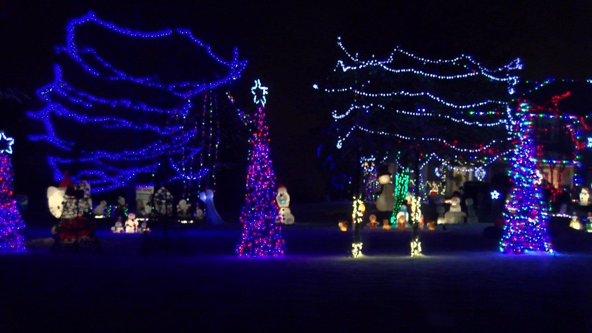 112th Lincoln Ne Christmas Lights 2019 Radio Station Holiday lights bring cheer to Lincoln   KLKN TV: News, Weather and